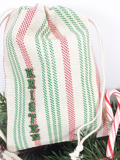 Personalized Holiday Gift Bags A 30 Minute DIY #creativelybeth #30minutecrafts #personalizedgiftbags #christmascrafts