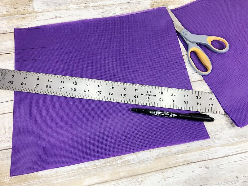 Creatively Beth measure and cut Oly*Fun fabric for bag base