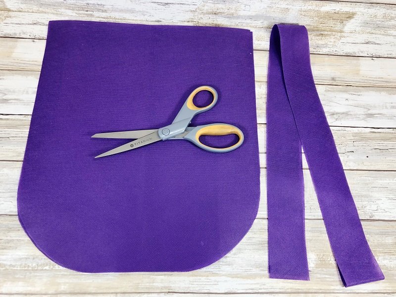 Creatively Beth measure and cut a handle for the Halloween Bag