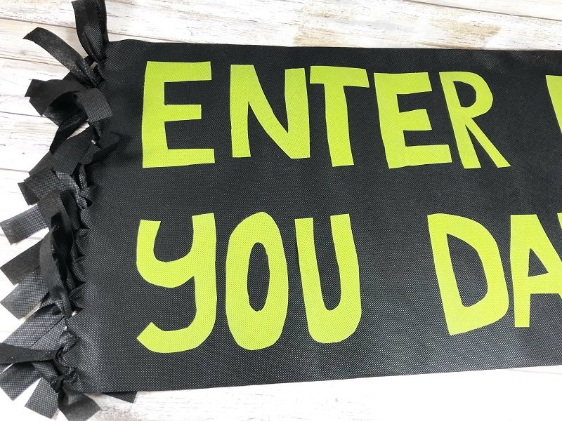 Creatively Beth apply letters to doormat base and you are DONE!