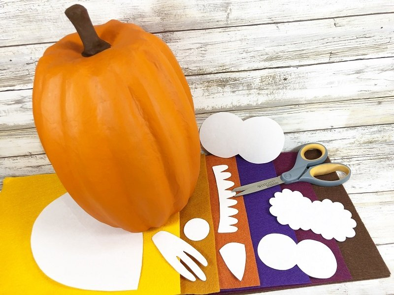 Creatively Beth FREE Patterns to create a No-Carve Pumpkin