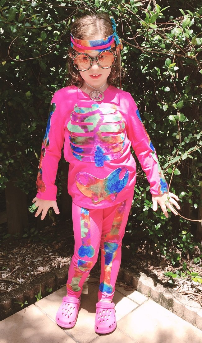 Kids Skeleton Halloween Costume with free printable patterns by Creatively Beth