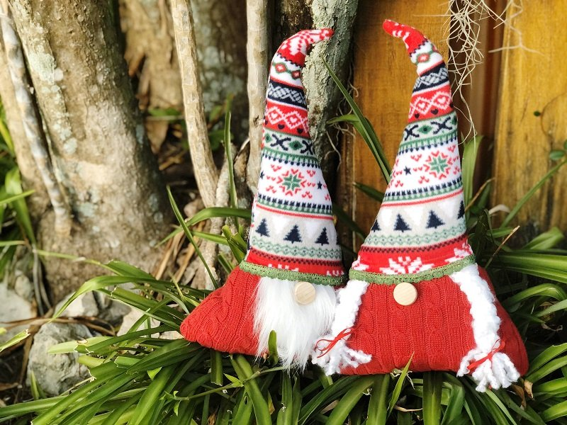 Creatively Beth creates Ugly Christmas Sweater Gnomes with Fairfield World #fairfieldworld #creativelybeth #polyfil #polypellets #gnomes #uglychristmassweater #stuffie