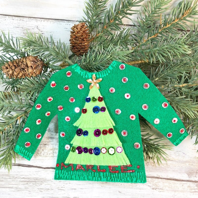 Creatively Beth creates Personalized Ugly Christmas Sweater Party Favors with Kunin Felt! #creativelybeth #uglychristmassweater #createwithkunin #uglysweaterparty #feltcrafts #30minutecrafts