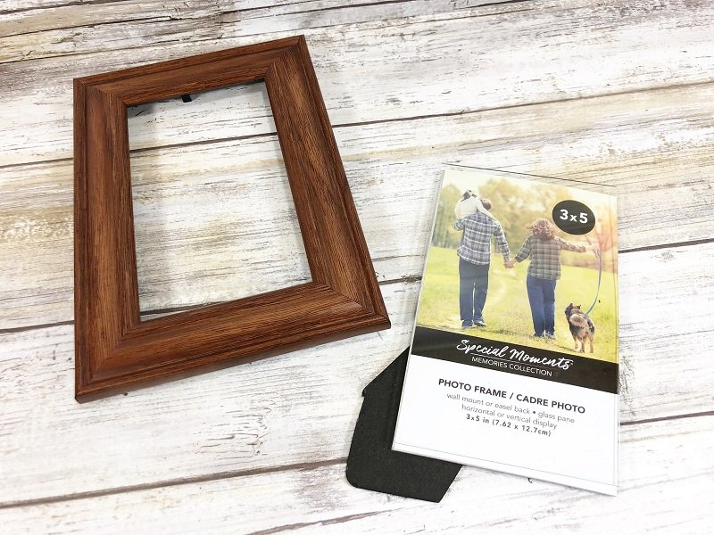 Remove glass from frame Dollar Tree Picture Frame Snowman Creatively Beth #creativelybeth #dollartreecrafts #snowmancrafts #kidscrafts #wintercrafts