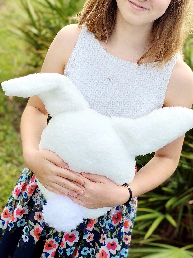 DIY PLUSH BUNNY STUFFIE CREATIVELY BETH #creativelybeth #bunny #stuffedanimal #howtosew #plush #stuffie #polyfil