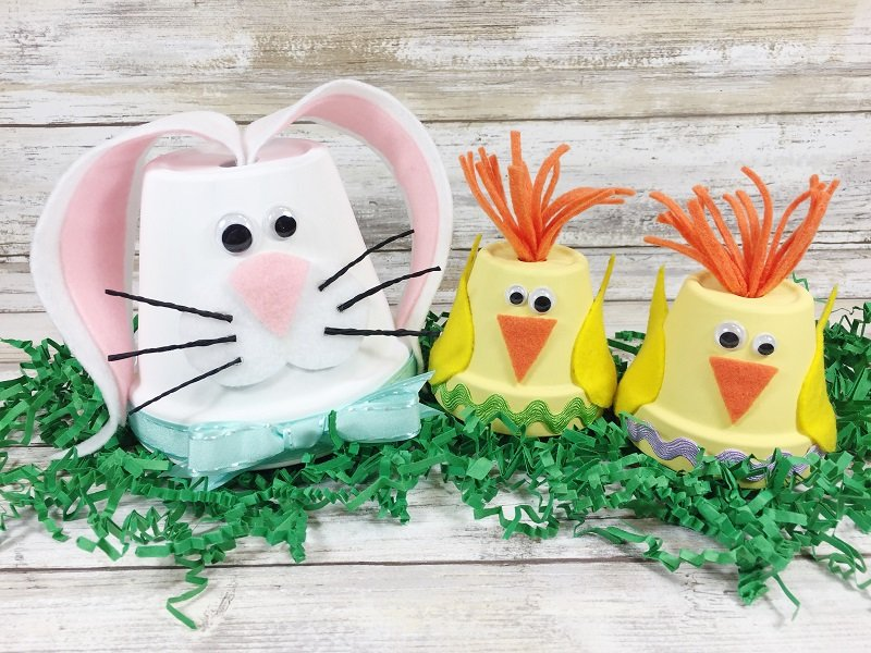 Create Cute Chick and Bunny Clay Pots in 15 Minutes Creatively Beth #creativelybeth #claypotcrafts #eastercrafts #kidscrafts #bunny #chick
