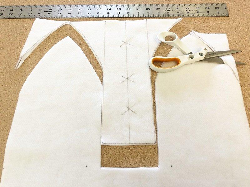 Measure and cut white Kunin Felt for Bunny Creatively Beth #creativelybeth #fairfieldworld #eastercrafts #bunny #chick
