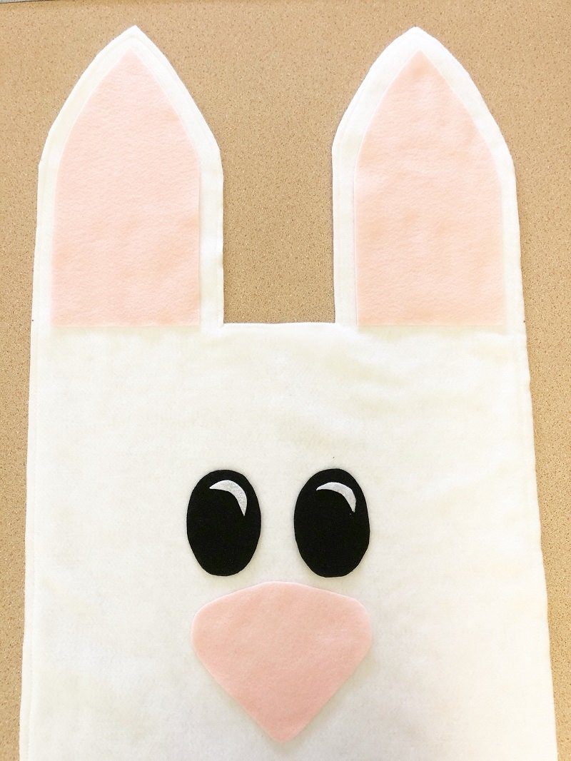 Cut out Bunny features from Black, White and Baby Pink Kunin Felt Creatively Beth #creativelybeth #fairfieldworld #eastercrafts #bunny #chick