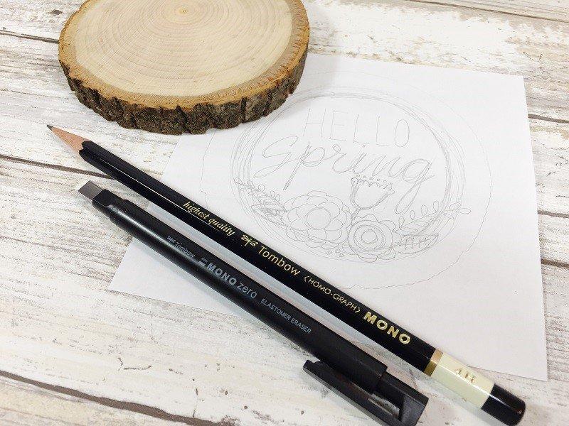 Sketch out doodled design on plain paper Creatively Beth #creativelybeth #woodburning #springcrafts #woodslice #doodle #handlettering