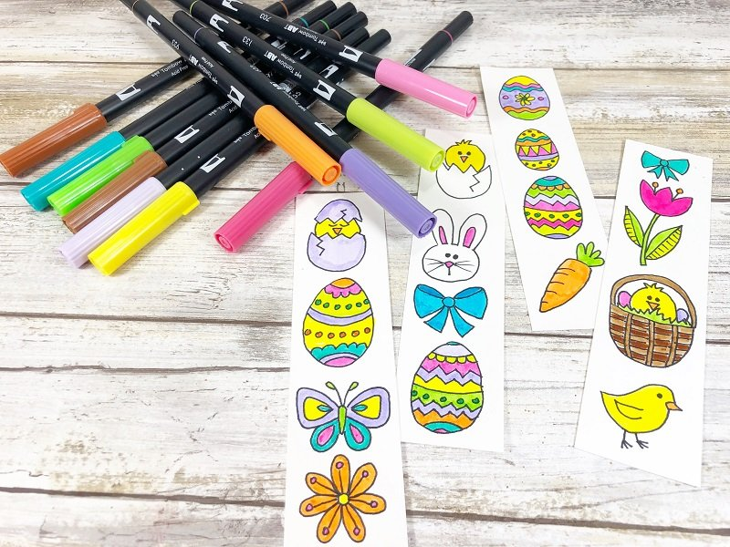Color the doodles with Tombow Dual Brush Pens Xyron Creatively Beth #creativelybeth #doodles #freedownload #printable #eastercrafts #xyron