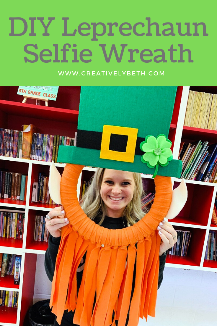 Leprechaun DIY Selfie Wreath a St. Patricks Day Photo Booth Craft #leprechaun #wreath #photoprop #stpatricksday