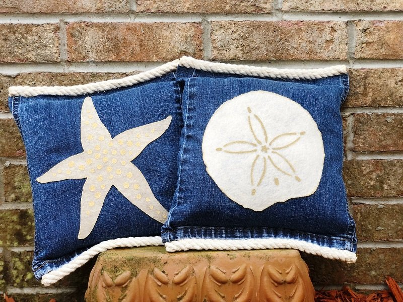 Starfish and Sand Dollar Denim Pillows Creatively Beth #creativelybeth #coastal #homedecor #polyfil #nosewpillow #upcycle #denim