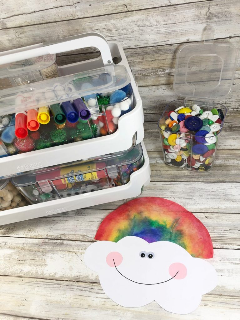 Watercolor Coffee Filter Rainbows Creatively Beth #cretivelybeth #dollartreecrafts #kidscrafts #colorblending #rainbowcrafts