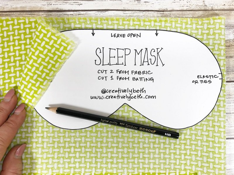 Download patterns and tace onto fabric Creatively Beth #creativelybeth #sleepmask #freepattern #easysewing #polyfil