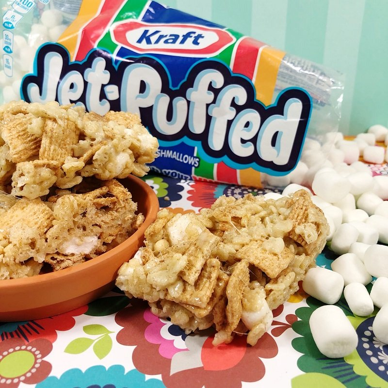 Rice Krispies Cinnamon Toast Crunch and Marshmallows combine to create Churros Creatively Beth #creativelybeth #ricekrispietreats #churro #dessert #churrocrispytreats #cincodemayo