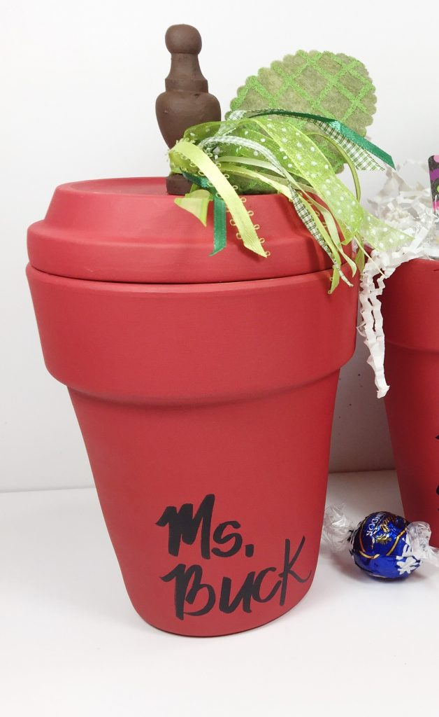 Easy Clay Pot Apple for Teacher Creatively Beth #creativelybeth #teacher #appreciation #gift #claypot #craft #apple #terracottapot #kidscraft