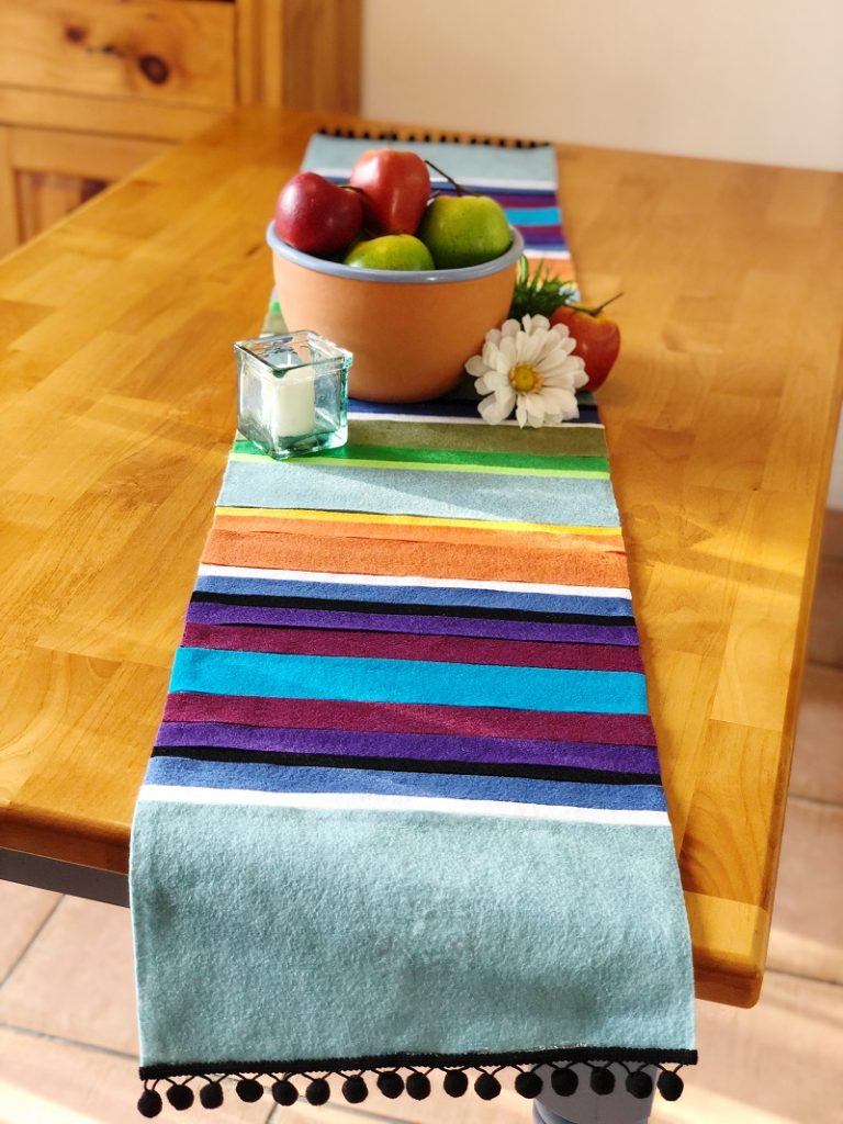 Faux Mexican Serape Table Runner Creativley Beth #creativelybeth #feltcrafts #mexicanserape #tablerunner #DIY #KuninFelt #BeaconAdhesives