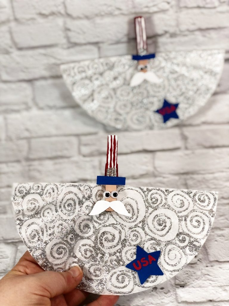 Dollar tree coffee filter Uncle Sam craft Creatively Beth #creativelybeth #kidscrafts #unclesam #patrioticcrafts