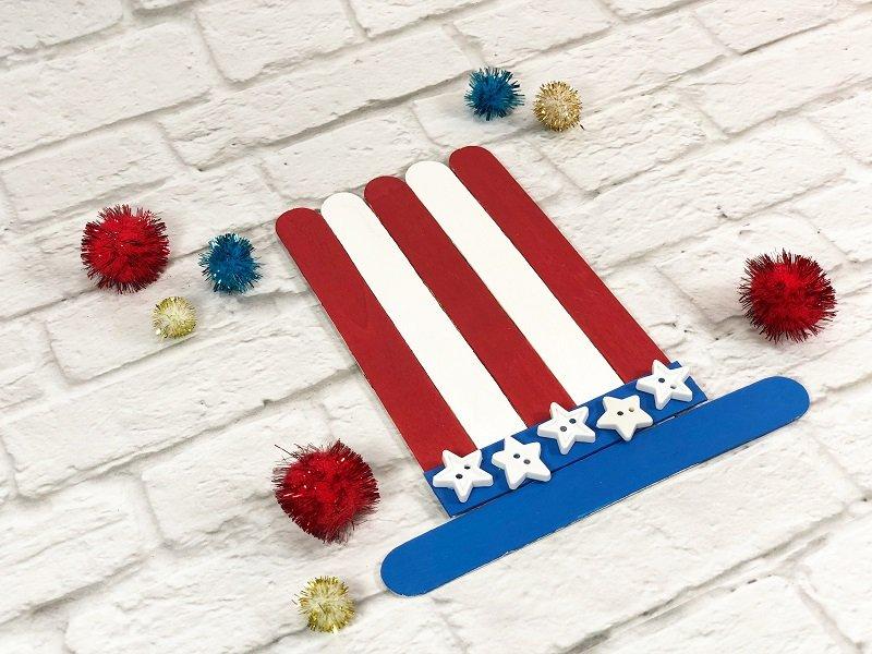 Dollar Tree Uncle Sam Hat Craft for Kids Creatively Beth #creativelybeth #craftsticks #kidscrafts #patrioticcrafts #redwhiteandblue