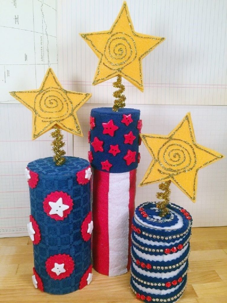 Felt Fire Cracker Centerpiece for the Fourth of July Creatively Beth #creativelybeth #fourthofjuly #crafts #feltcrafts