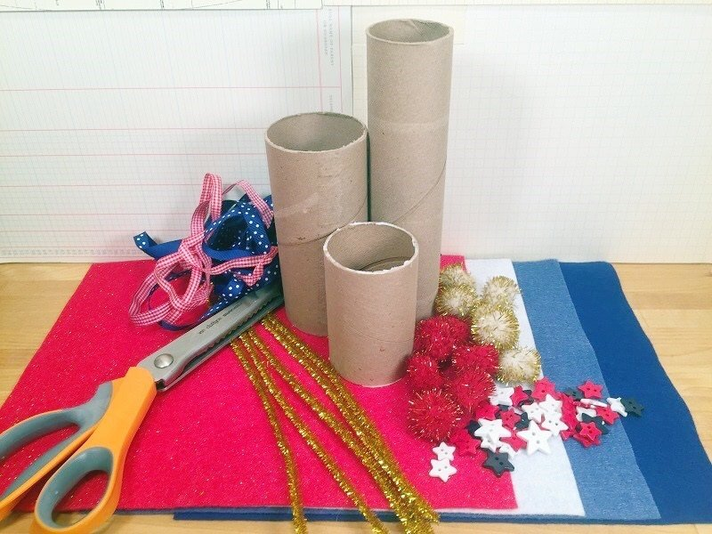Materials needed to create Felt Fire Cracker Centerpiece for the Fourth of July Creatively Beth #creativelybeth #fourthofjuly #crafts #feltcrafts