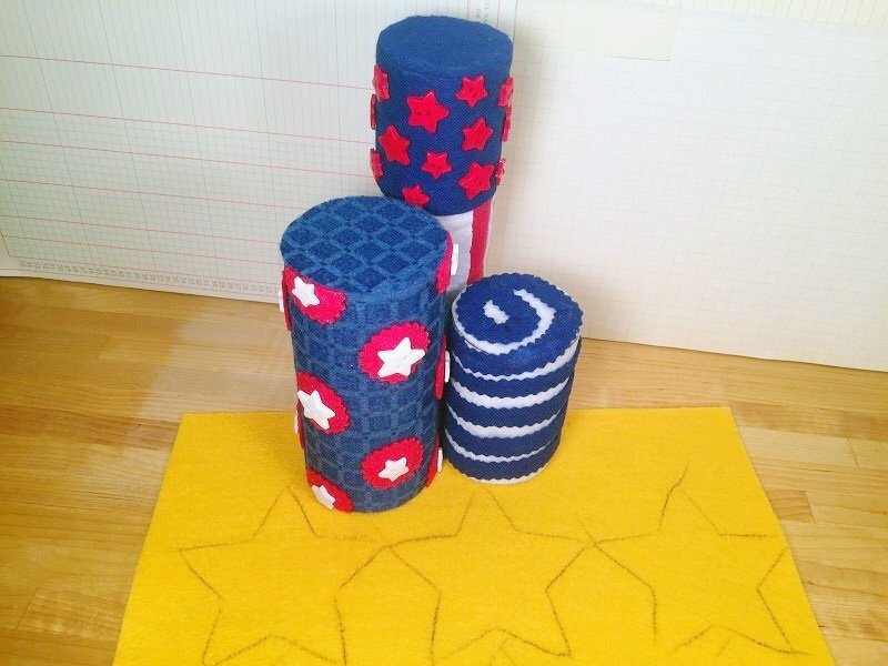 Embellish the Fire Crackers with rhinestones, buttons and glitter glue Creatively Beth #creativelybeth #fourthofjuly #crafts #feltcrafts