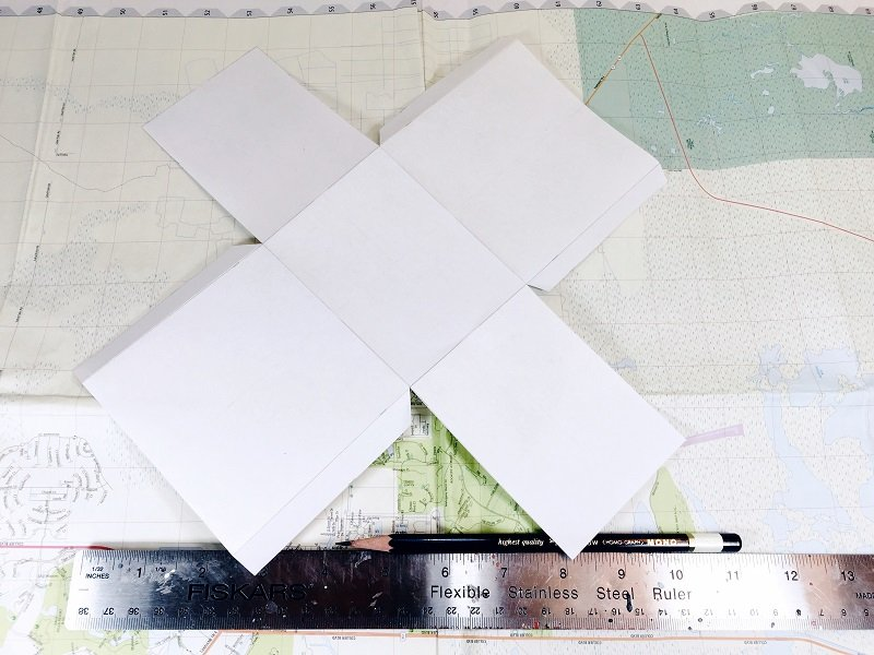 Create a gift bag template and trace onto recycle maps Creatively Beth #creativelybeth #upcycled #recycled #crafts #maps