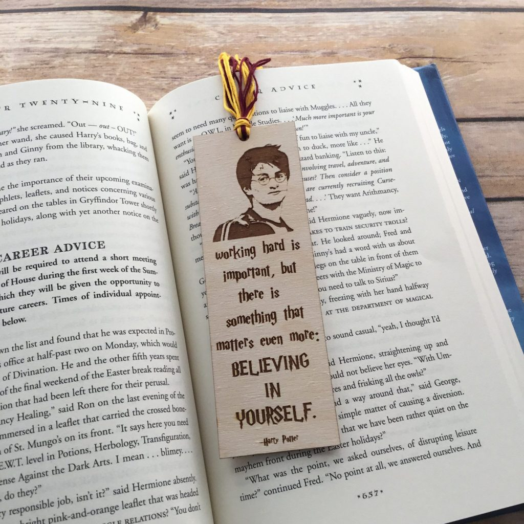 40 BEST Harry Potter Crafts a Wizarding Round-Up Creatively Beth #creativelybeth #harrypottercrafts #craftroundup