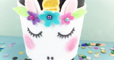 Create a Magical Unicorn Coffee Cozy with FREE Patterns Creatively Beth #creativelybeth #coffee #cozy #unicorn #kuninfelt #felt #craft #diy