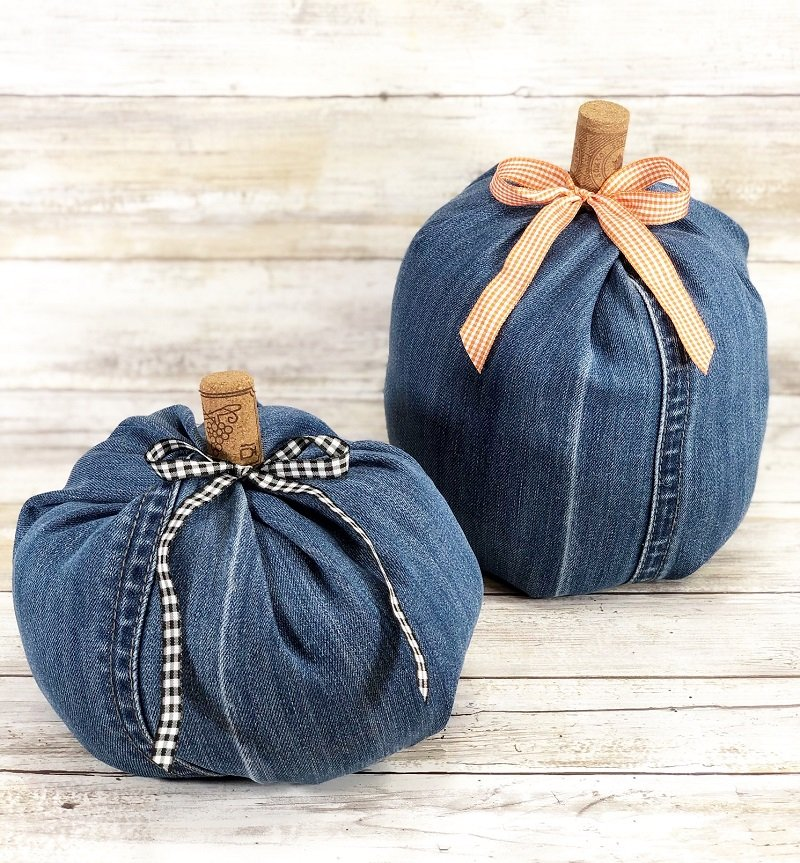 Add gingham ribbon bows to finish the denim pumpkins Creatively Beth #creativelybeth #upcycle #recycle #denim #crafts #falldecor #pumpkins #autumndecor #diy