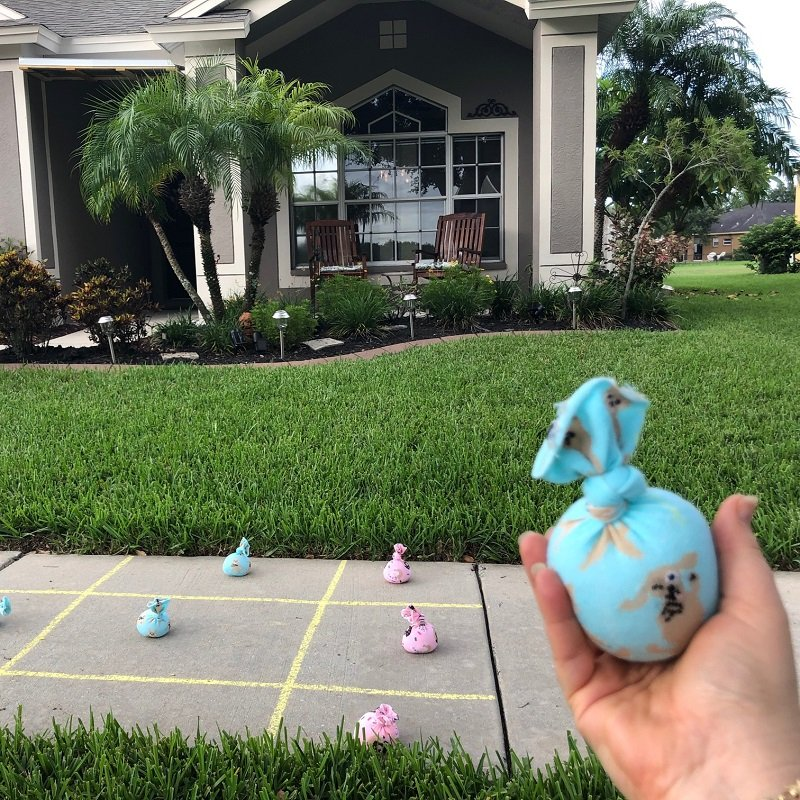 No-Sew Bean Bags for a Patio Tic Tac Toe game with the Kids Creatively Beth #creativelybeth #kidsgames #beanbags #polypellets #fairfieldworld