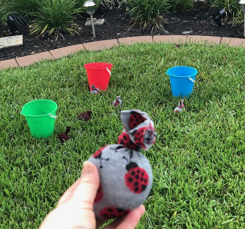 No-Sew Bean Bags for a Patio Buckets game with the Kids Creatively Beth #creativelybeth #kidsgames #beanbags #polypellets #fairfieldworld