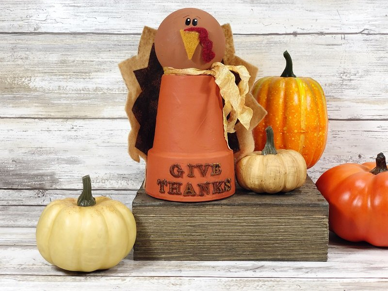 Clay Pot Turkey Thanksgiving Decoration Creatively Beth #creativelybeth #claypotcraft #turkeycraft #thanksgivingdecoration #kidscrafts