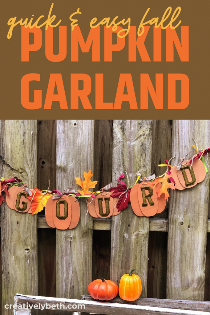 Easy DIY Pumpkin Garland with a Funny Fall Message Creatively Beth #creativelybeth #fall #garland #pumpkin #crafts #ohmygourd