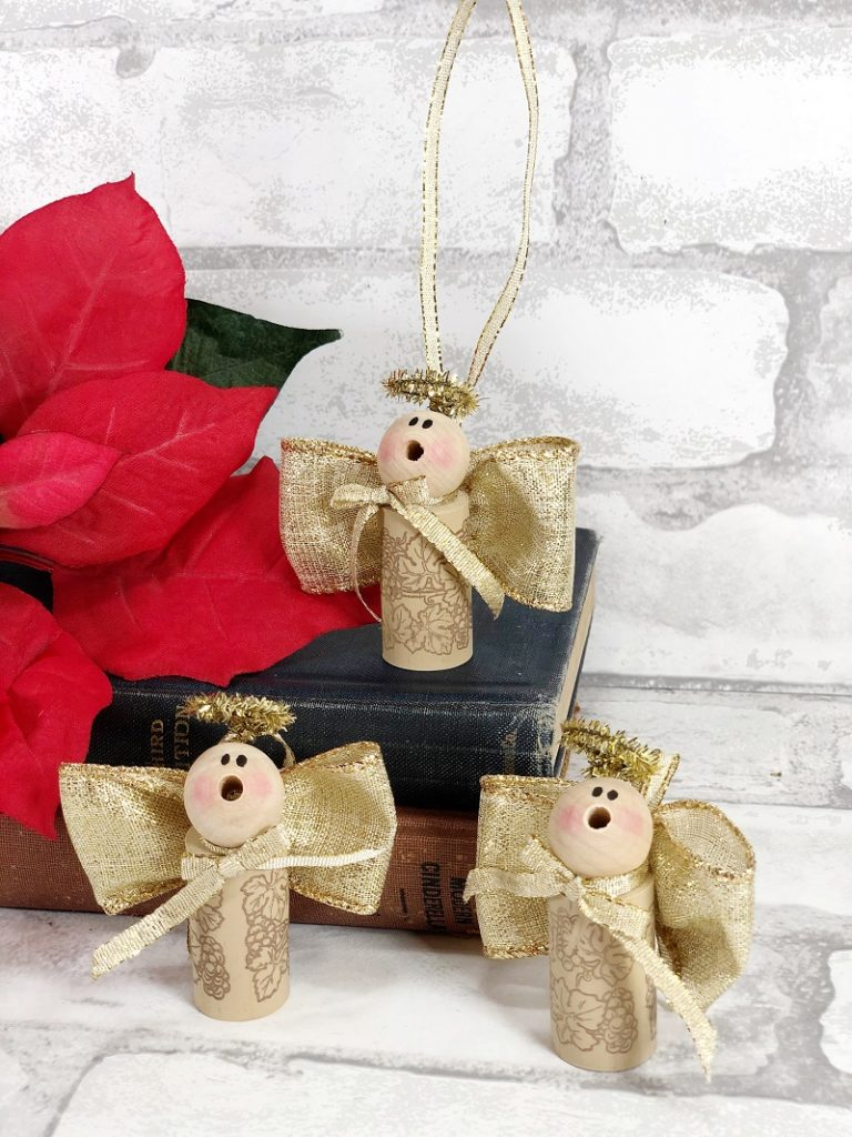 Recycled Wine Cork Angel Ornament a 20 Minute Craft by Creatively Beth #creativelybeth #20minutecrafts #recycledcrafts #winecorkcrafts #angelcrafts