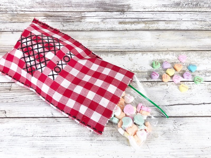 Fill bags with sweet treats Creatively Beth #creativelybeth #crossstitch #valentinesdaycrafts #nosewcrafts #giftbags