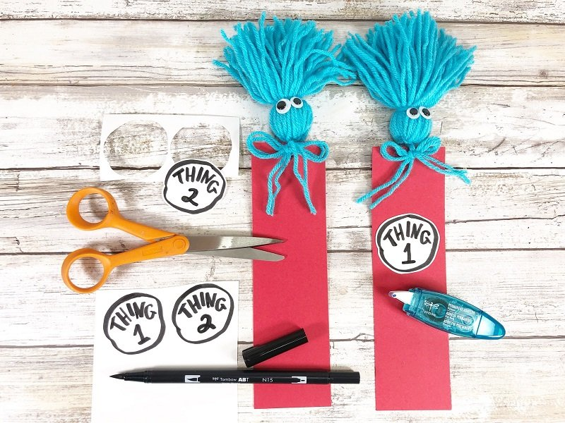 Download FREE Printable cut out and attach to front of bookmarks Creatively Beth #creativelybeth #drseuss #freeprintable #thing1andthing2 #bookmarks #catinthehat #readacrossamericaweek