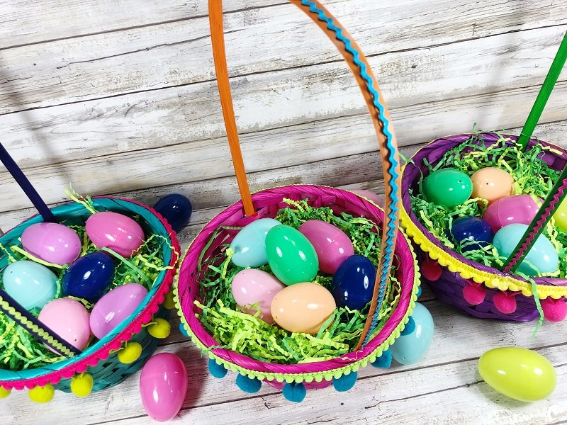 5 Minute Colorful Easter Baskets with Dollar Tree Supplies Creatively Beth #creativelybeth #easterbasket #dollartree #boho