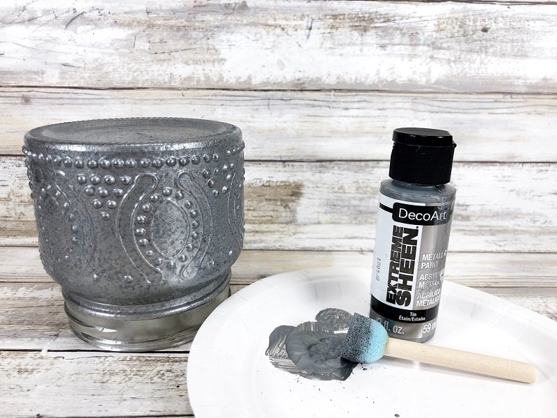 Create Faux Tin Farmhouse Finish Jars with DecoArt Designer Finishes Creatively Beth #creativelybeth #decoart #fauxpaintfinish #farmhouse #decor