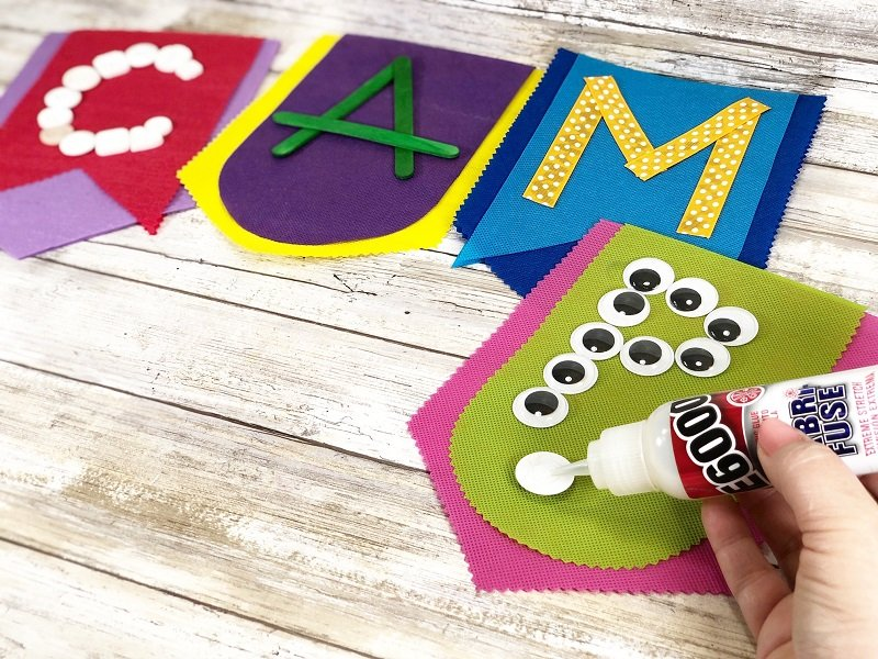 Summer Camp Inspired Banners with Oly*Fun from Fairfield World by Creatively Beth #creativelybeth #olyfun #madewithFFW #campcrafts #banners