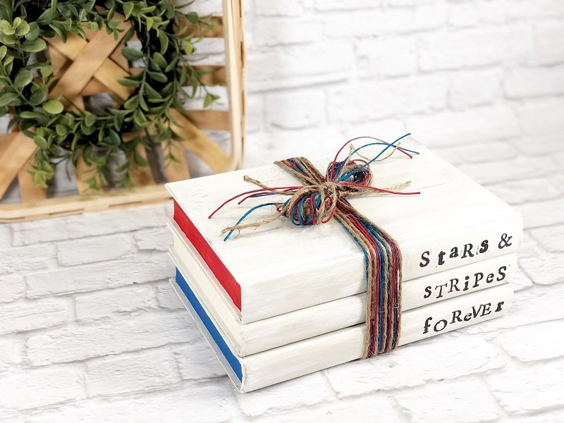 Dollar Tree Patriotic Book Stack by Creatively Beth #creativelybeth #dollartreecrafts #bookstack #patrioticcrafts