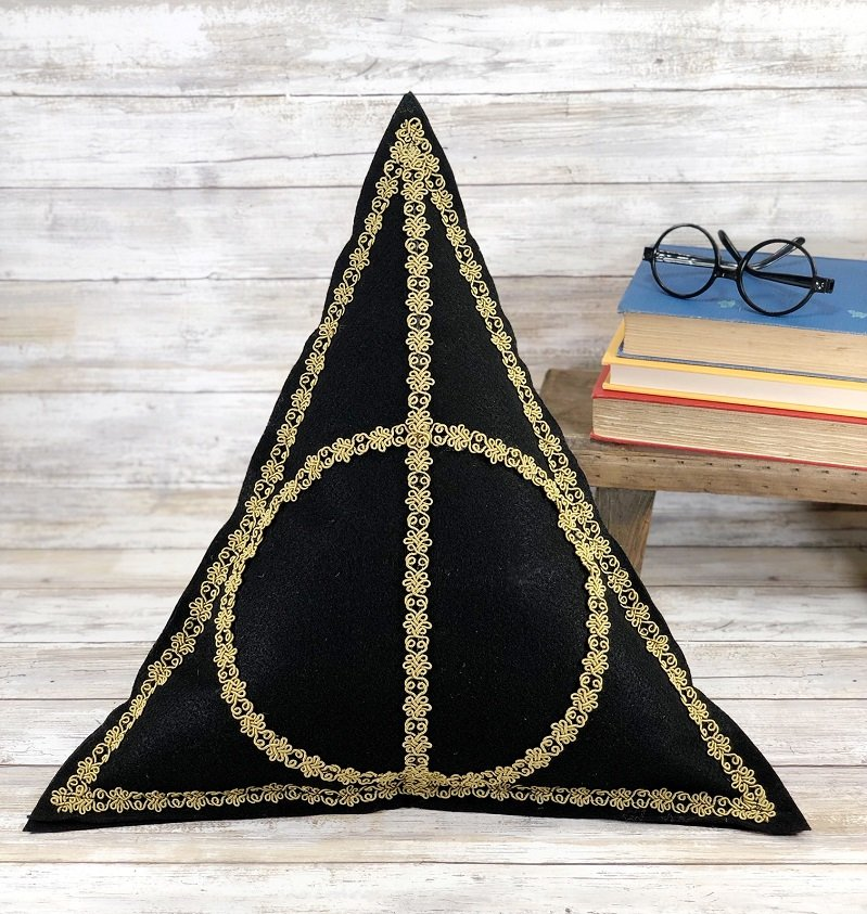 Harry Potter Deathly Hallows Pillow with Kunin Felt and Poly-Fil by Creatively Beth #creativelybeth #harrypotter #deathlyhallows #diypillow #polyfil